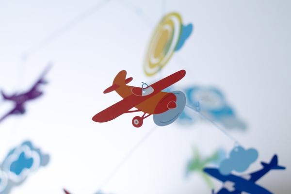 モビールの飛行機パーツ拡大
