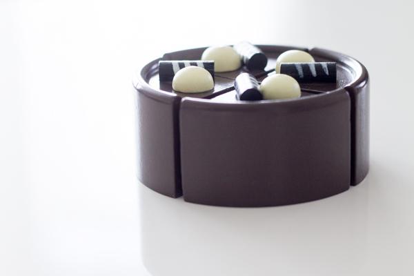 チョコケーキ横から見た様子