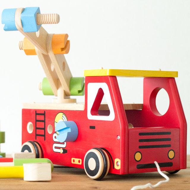 3位アクティブ消防車