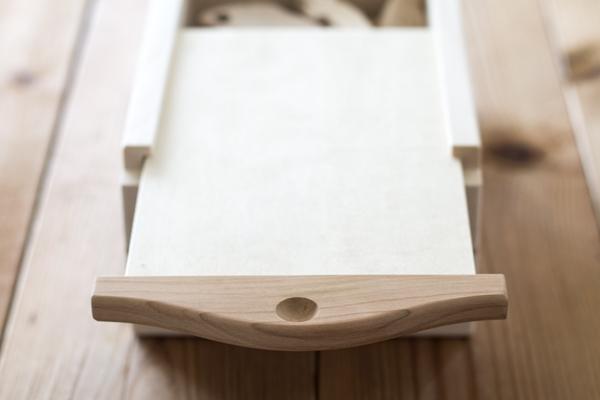 木箱ふた拡大